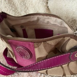 Coach shoulder bag with cross body strap